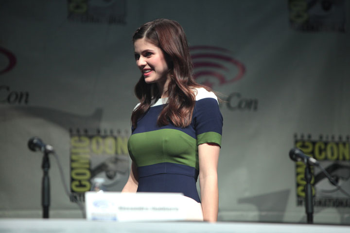 ALEXANDRA DADDARIO height and weight