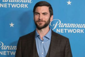 WES BENTLEY height and weight