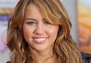 Miley Cyrus Age, Height, Weight And Body Measurements